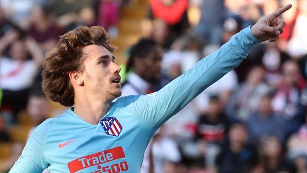 Griezmann celebra su gol en el campo del Rayo Vallecano