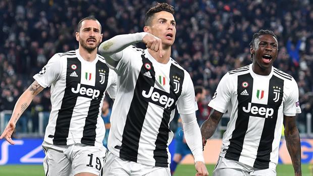 Cristiano celebre uno de sus goles
