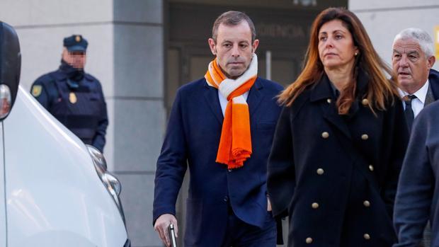 Sandro Rosell en las puertas de la Audiencia Nacional