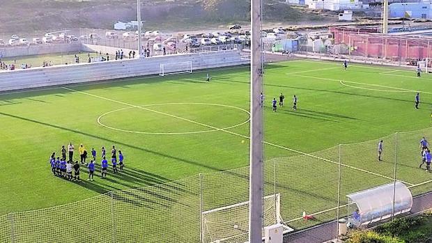 Imagen de archivo de un partido de fútbol base