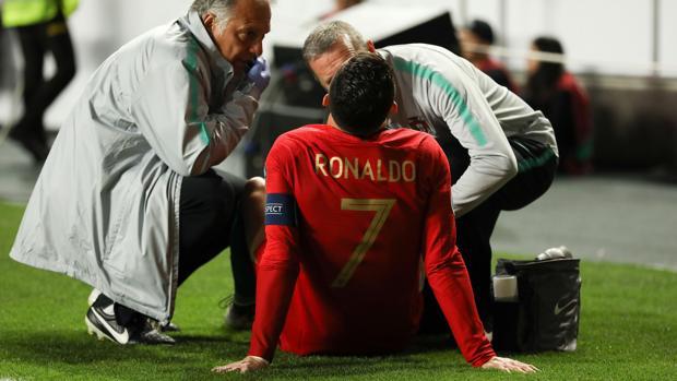 Los médicos de Portugal atienden a Ronaldo