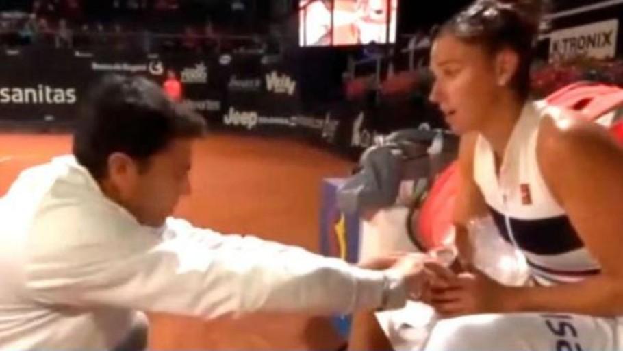 La encendida defensa de Sara Sorribes a su entrenador tras la bronca que se ha hecho viral