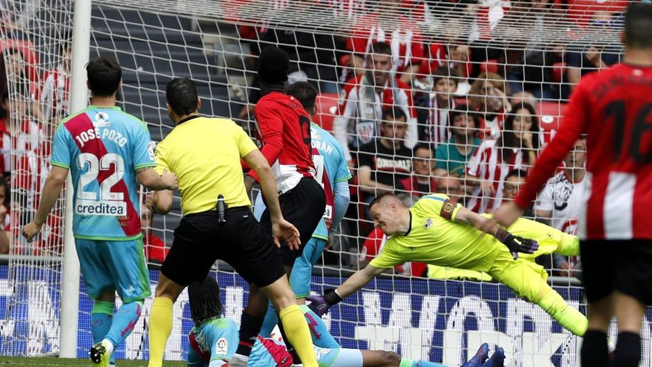 La Liga Santander (J32): Resumen y goles del Ahtletic 3-2 Rayo Vallecano