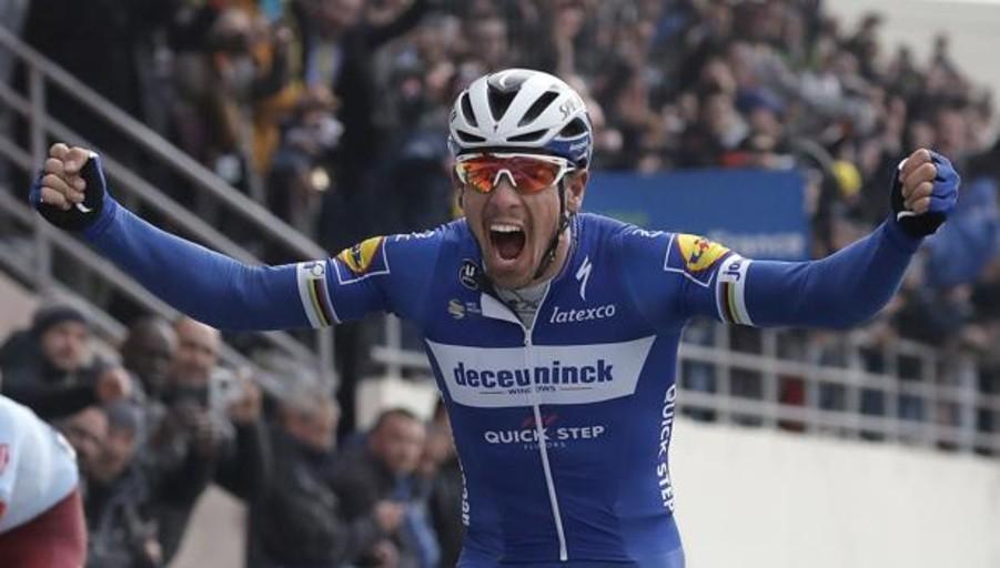 Gilbert se adueña de la París-Roubaix