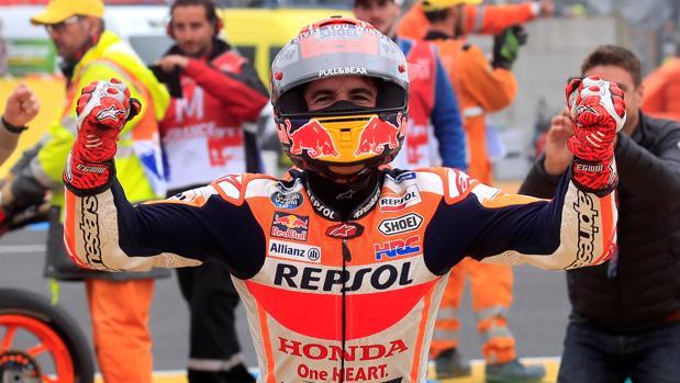 Marc Máarquez celebra su triunfo en Le Mans