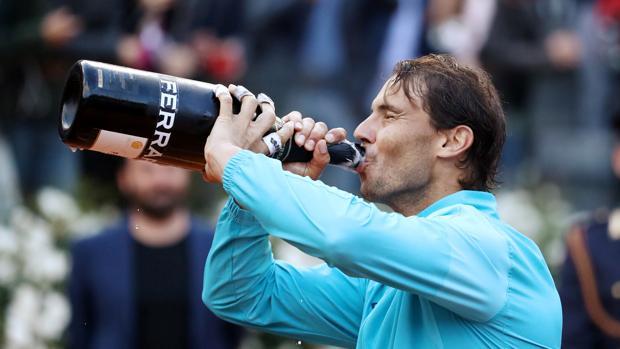 Rafael Nadal celebra su título en Roma
