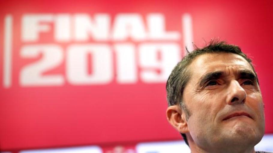 Valverde: «Hay que afrontar las cosas con entereza y no meter la cabeza en un agujero»