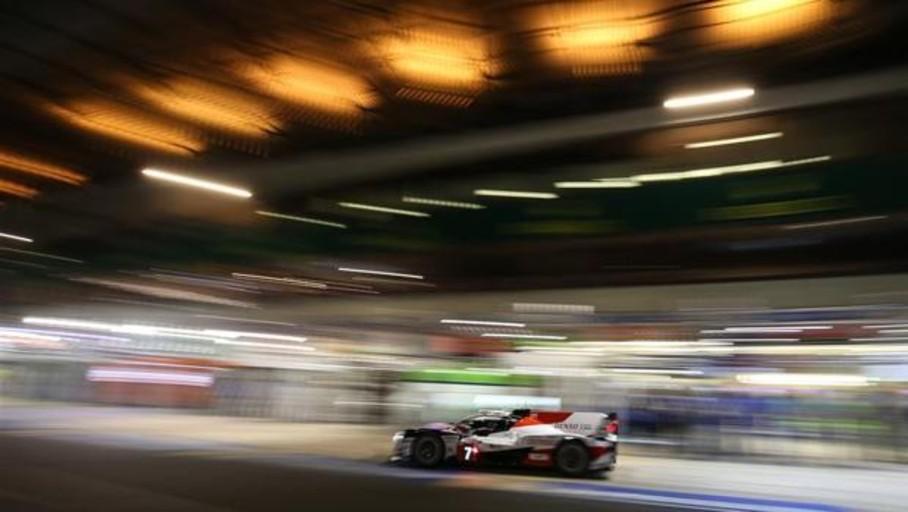 Alonso visualiza el triunfo del Toyota 7 en Le Mans