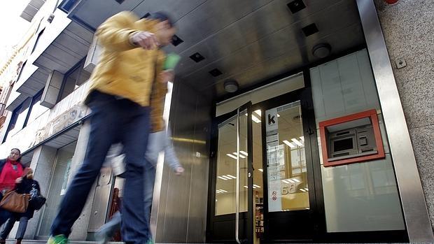 Kutxabank liberbank y bfa bankia los bancos m s for Oficina kutxabank zumarraga