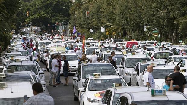 Protesta del sector del taxi contra la liberalización del sector