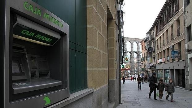 bankia sabadell y euro6000 fijan en 0 65 euros la