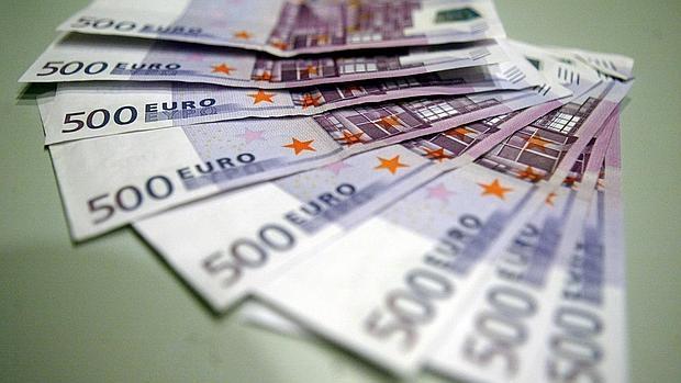 La UE estudia prohibir los billetes de 500 euros para cortar la financiación del terrorismo