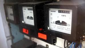 Los usuarios con contadores antiguos no pueden acogerse a la tarifa eléctrica horaria