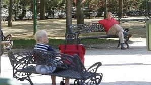 La pensión media alcanza los 900 euros al mes por primera vez