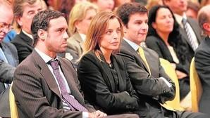 Los dos hijos de Mario Conde, Mario y Alejandra