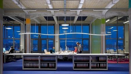 Sistema de electricidad de Philips en una oficina