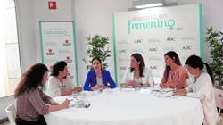 Un momento del encuentro en el que las cinco participantes dieron testimonio de sus experiencias y visión de la situación