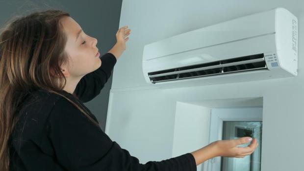 Es imprescindible tener en cuenta el etiquetado energético de los aparatos de aire acondicionado