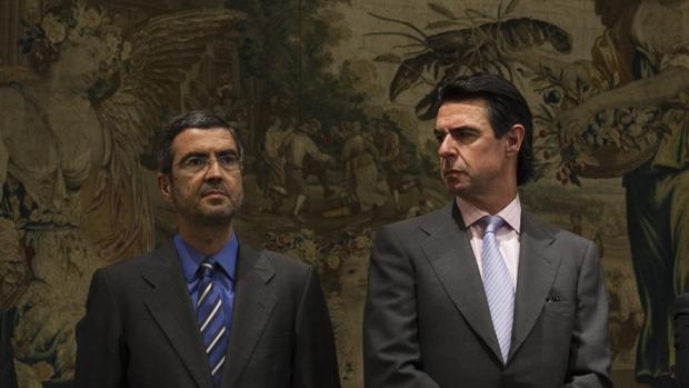 El ex secretario de Estado de Economía, Fernando Jiménez Latorre, junto al exministro de Industria, José Manuel Soria