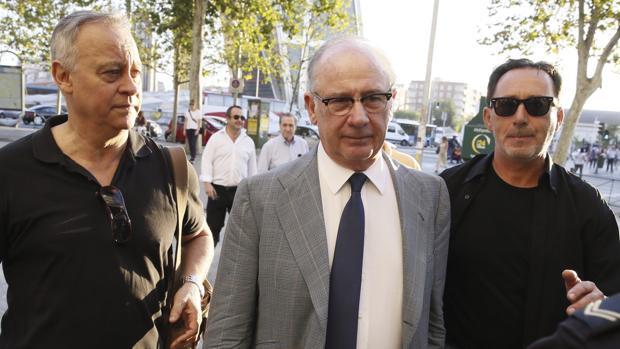 Hemeroteca: Rodrigo Rato defiende la contratación de su excuñado en Caja Madrid | Autor del artículo: Finanzas.com