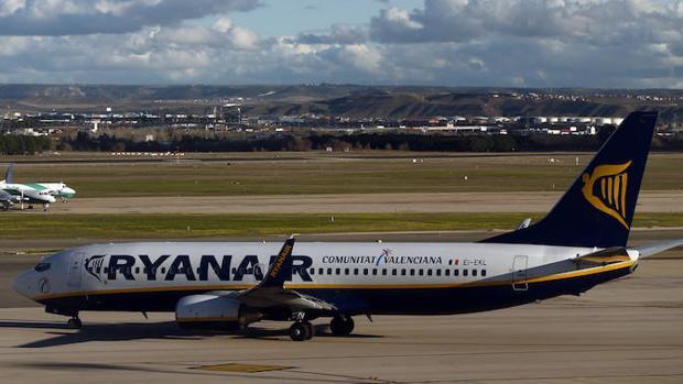 Vueling y ryanair cancelan vuelos en barcelona por la for Ryanair barcelona paris orly