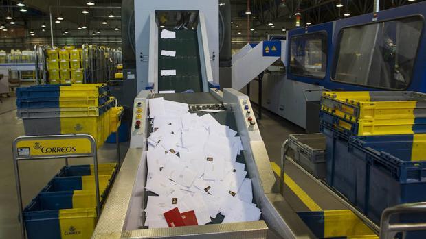 El gobierno avisar por sms o correo electr nico de multas for Oficina internacional de origen correos