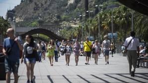 España recibió en verano un millón y medio de turistas «prestados» de países con problemas de seguridad