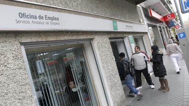 La tasa de paro baj al 18 7 y se crearon empleos for Oficina de empleo de castilla y leon
