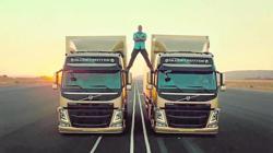 Imagen de la campaña de Volvo «The Epic Split»