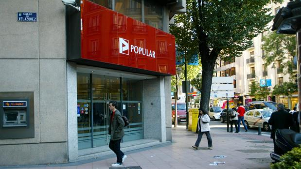 El ladrillo lastr al banco m s rentable del mundo for Oficinas banco popular madrid