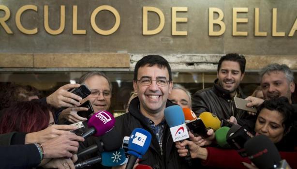 El portavoz de la gestora del PSOE, Mario Jiménez