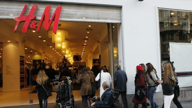 H&M, de las primeras en promover descuentos
