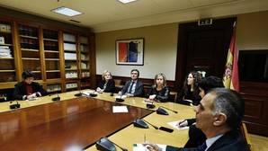 El PSOE exige al Gobierno que el decreto sobre las cláusulas suelo sea vinculante para toda la banca