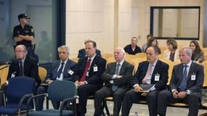 Antiguos directivos de Novacaixagalicia, durante el juicio contra ellos en la Audiencia Nacional