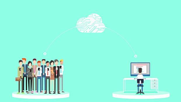 La falta de perfiles digitales abre una guerra entre las empresas por captar talento
