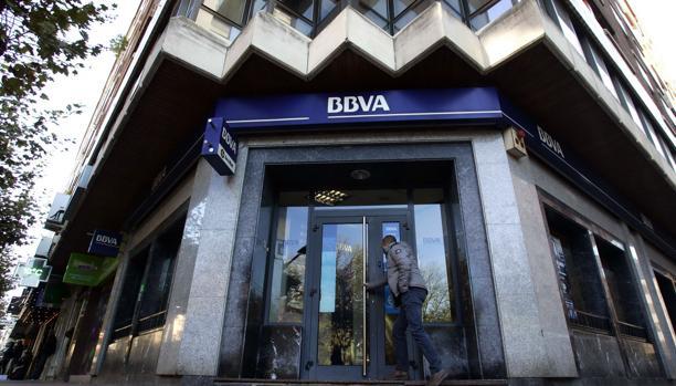 Bbva ultima un mecanismo para devolver sus cl usulas suelo for Oficinas bbva albacete