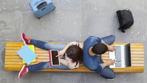 Los universitarios valoran menos el salario como un factor determinante a la hora de escoger un empleo
