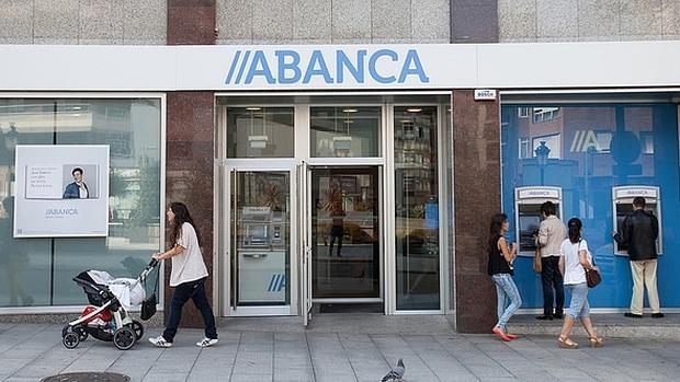 Abanca compra a popular por 39 millones la filial de for A banca oficinas