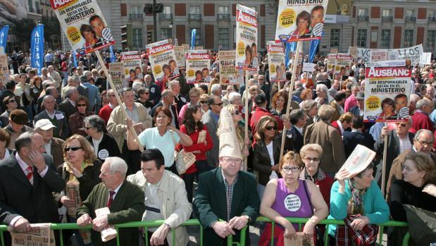 Imagen de archivo de una de las manifestaciones que reunieron a miles de afectados en la capital
