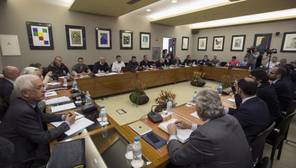 Reunión de la patronal y los sindicatos de los estibadores el pasado febrero