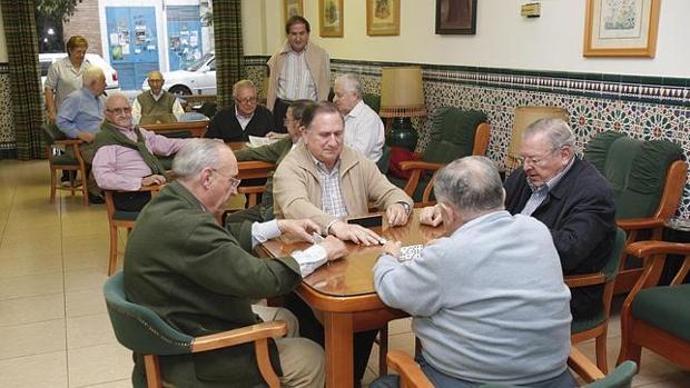 Las instituciones proponen nuevas fórmulas para sufragar las pensiones