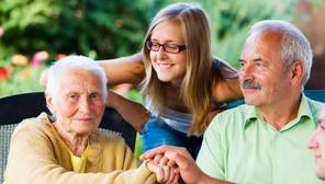 Tienen la consideración de ascendientes los padres, abuelos, etc, del contribuyente