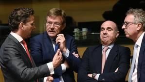 De Guindos, durante la reunión del Eurogrupo