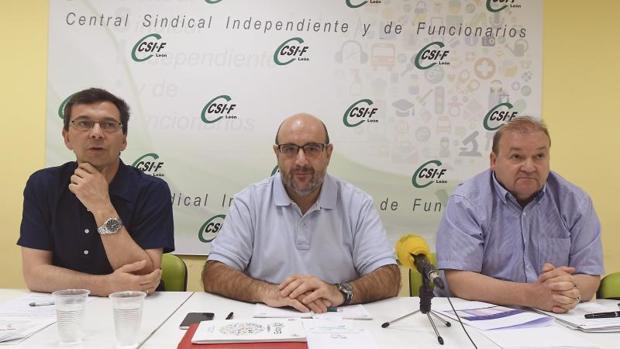 El presidente nacional de CSIF, Miguel Borra y el responsable de CSIF en León, Hipólito Riesco