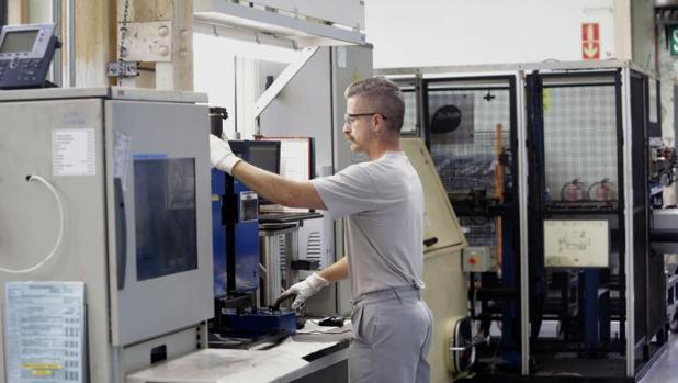 La tasa de vacantes en la industria y la construcción se situó en el 0,4% en el primer trimestre