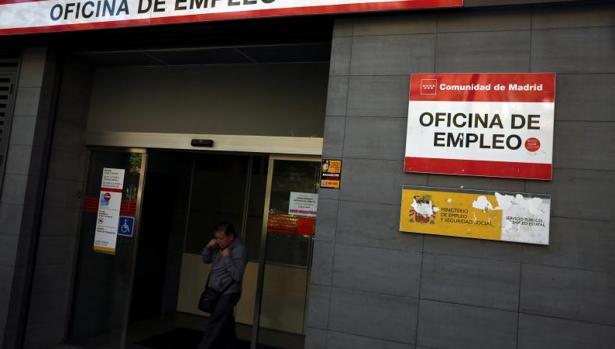 Espa a registra en junio la mayor ca da del paro en el for Oficina empleo canarias