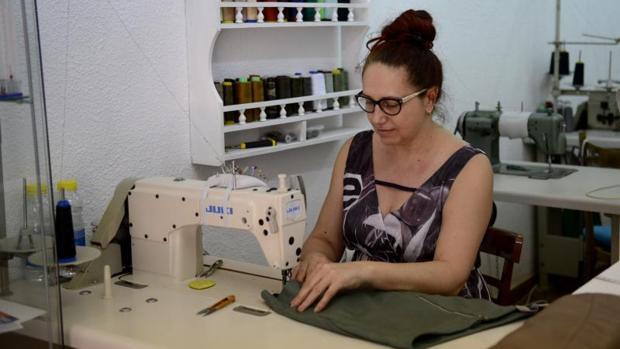 La cifra de negocios de las empresas sube un 7 en junio y for Taller de costura madrid