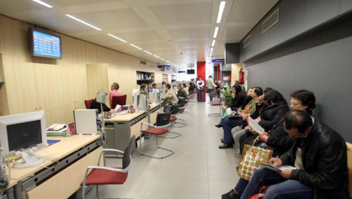 Catalu a es la regi n donde trabajan m s marroqu es el 26 for Oficina registro madrid