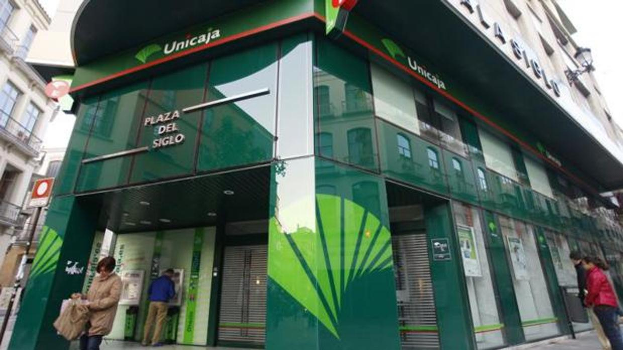 Unicaja multada por la cl usulas abusivas en las hipotecas for Oficinas de unicaja en madrid