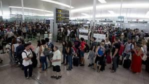 Las colas de agosto en el aeropuerto de El Prat podrían repetirse en octubre